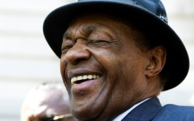 """Former Washington, D.C. Mayor Marion Barry cracks a joke about his popularity: """"I am clearly more popular than Reagan. I am in my third term. Where's Reagan? Gone after two!"""""""