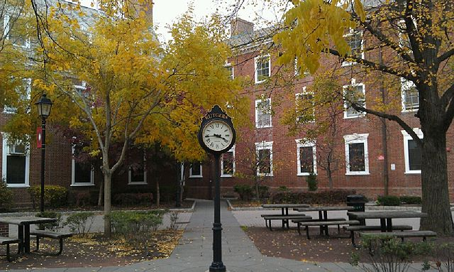 https://en.wikipedia.org/wiki/Rutgers_University#/media/File:Clock_on_the_campus_of_Rutgers_University_(2012).jpg